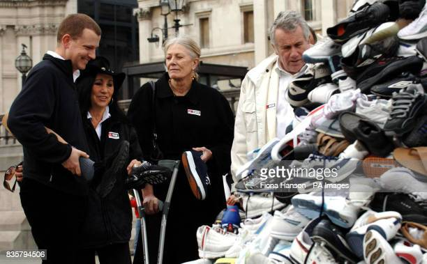 Landmine survivor and BBC journalist Stuart Hughes with his prosthetic leg talking to protest singer Julie Felix actress Vanessa Redgrave and former...