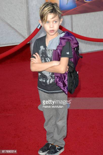 Landon Barker attends WALT DISNEY STUDIOS HOME ENTERTAINMENT HOSTS A SINGALONG PREMIERE OF BEAUTY AND THE BEAST at El Capitan Theatre on October 2...