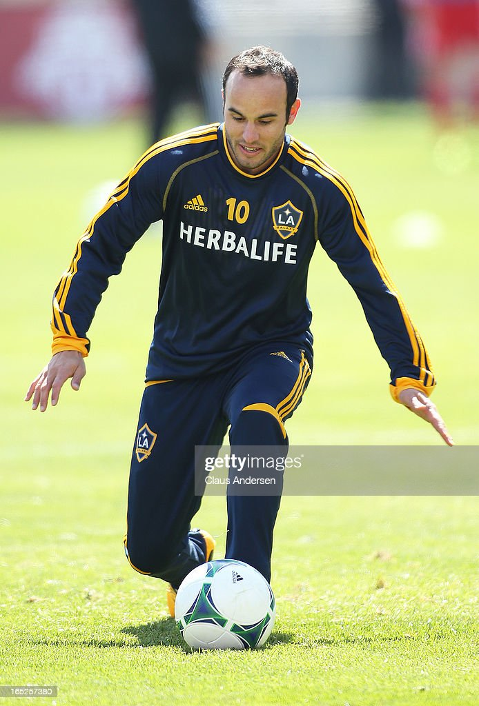 Landon Donovan #10 of the Los Angeles Galaxy warms up prior to an MLS game against the Toronto FC on March 30, 2013 at BMO field in Toronto, Ontario, Canada. The LA Galaxy and the Toronto FC played to a 2-2 tie.