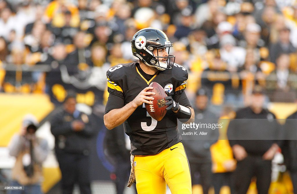 <a gi-track='captionPersonalityLinkClicked' href=/galleries/search?phrase=Landry+Jones&family=editorial&specificpeople=5572476 ng-click='$event.stopPropagation()'>Landry Jones</a> #3 of the Pittsburgh Steelers looks to pass in the 4th quarter of the game against the Oakland Raiders at Heinz Field on November 8, 2015 in Pittsburgh, Pennsylvania.