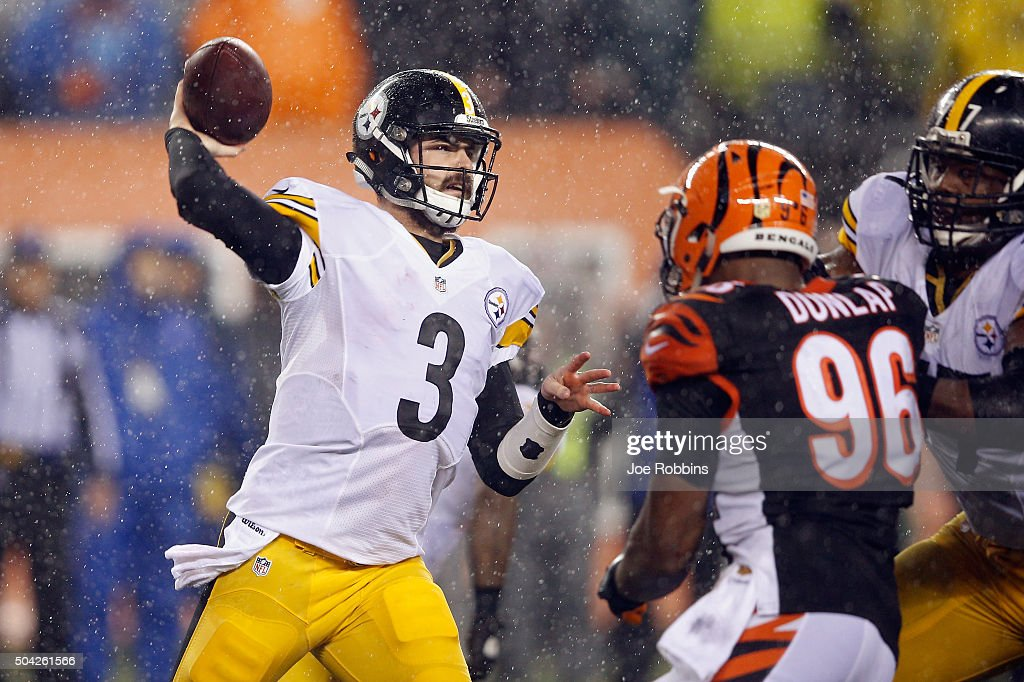 <a gi-track='captionPersonalityLinkClicked' href=/galleries/search?phrase=Landry+Jones&family=editorial&specificpeople=5572476 ng-click='$event.stopPropagation()'>Landry Jones</a> #3 of the Pittsburgh Steelers throws a pass in the second half against the Cincinnati Bengals during the AFC Wild Card Playoff game at Paul Brown Stadium on January 9, 2016 in Cincinnati, Ohio.