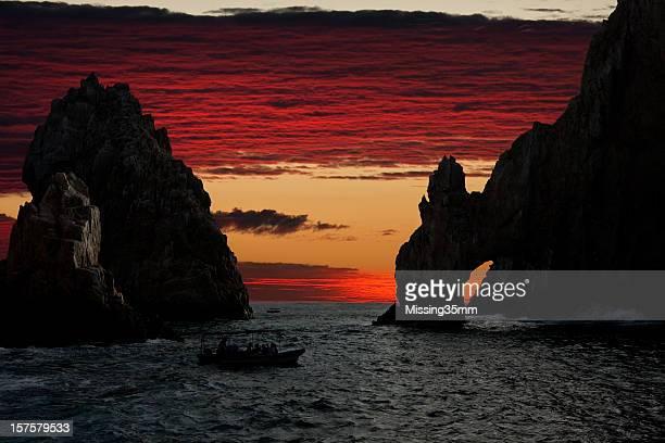 Land's End & el arco después de la puesta de sol