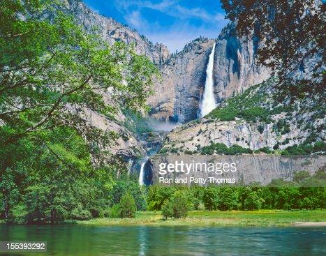 Landscape of Yosemite NP Spring on a sunny day