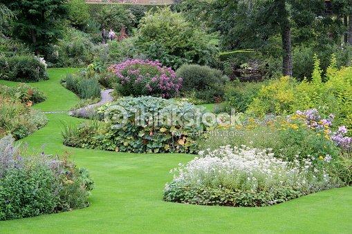 Le jardin paysager photo thinkstock - Jardin paysager photo ...