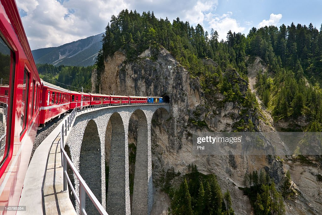 Landwasserviadukt : Stock Photo