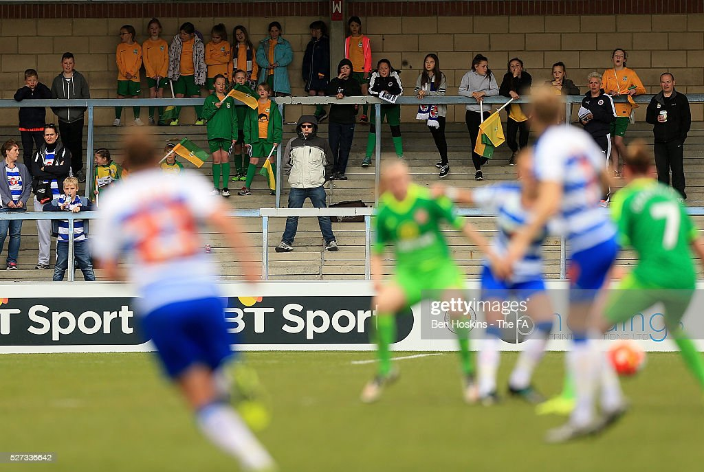 Langley FC look on during the WSL 1 match between Reading FC Women and Sunderland AFC Ladies on May 2, 2016 in High Wycombe, England.