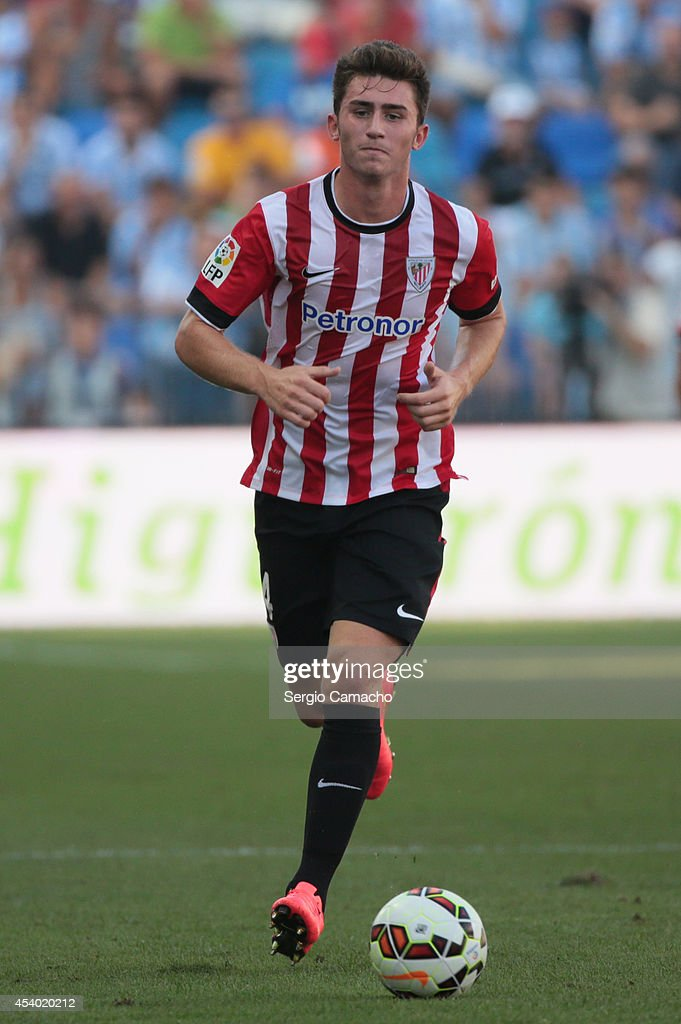 Laporte of Athletic Club Bilbao runs whit the ball during the La Liga match between Malaga CF and Athletic Club Bilbao at La Rosaleda Stadium on August 23, 2014 in Malaga, Spain.