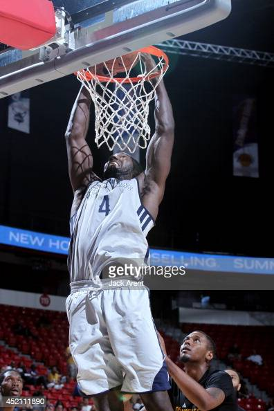 LaQuinton Ross of the New Orleans Pelicans dunks against the Los Angeles Lakers at the Samsung NBA Summer League 2014 on July 13 2014 at the Thomas...