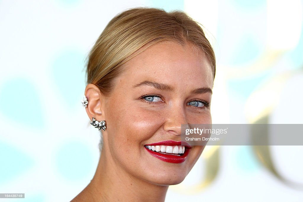 Lara Bingle attends Caulfield Cup Day at Caulfield Racecourse on October 20, 2012 in Melbourne, Australia.