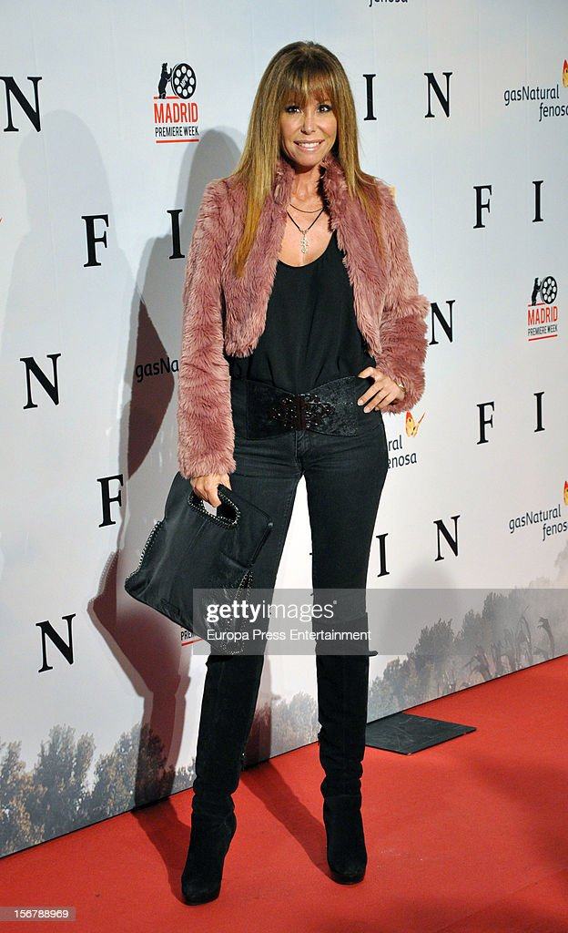 Lara Dibildos attends 'Fin' premiere on November 20, 2012 in Madrid, Spain.