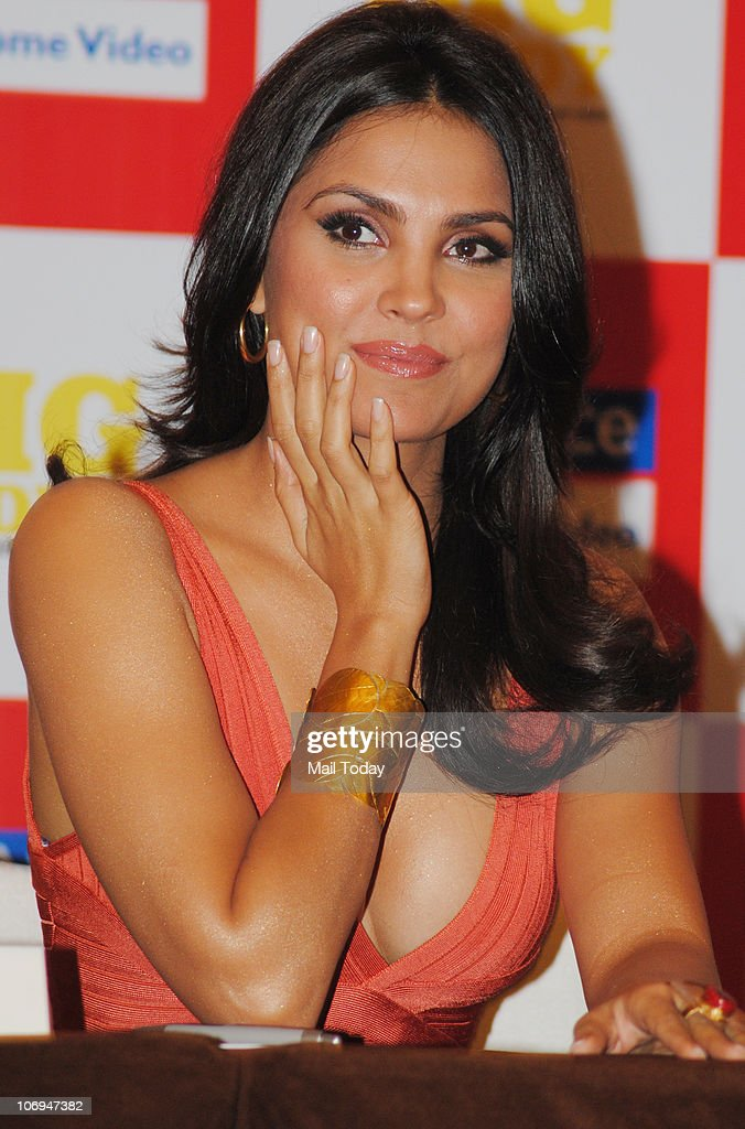 <a gi-track='captionPersonalityLinkClicked' href=/galleries/search?phrase=Lara+Dutta&family=editorial&specificpeople=728080 ng-click='$event.stopPropagation()'>Lara Dutta</a> at Heal With Lara Yoga Dvd Launch in Mumbai on November 17, 2010.