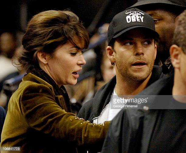 Lara Flynn Boyle and Stephen Dorff during Lara Flynn Boyle and Stephen Dorff Attend the Washington Wizards vs Toronto Raptors Game November 2 2005 at...
