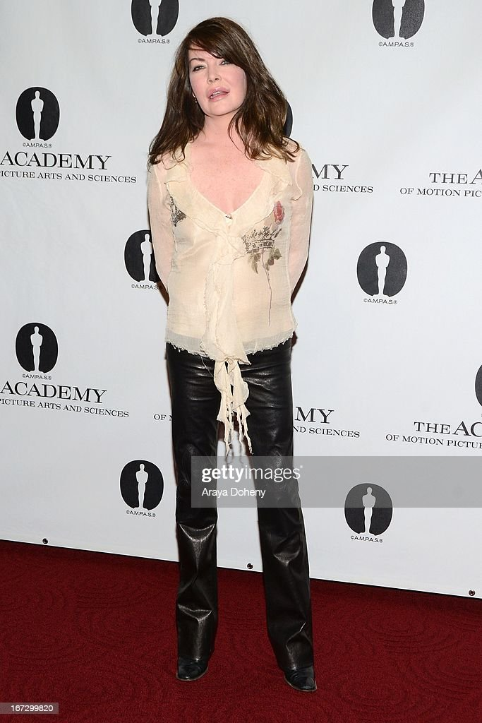 Lara Flynn Boyle attends the Academy of Motion Picture Arts and Sciences hosts a 'Wayne's World' reunion at AMPAS Samuel Goldwyn Theater on April 23, 2013 in Beverly Hills, California.