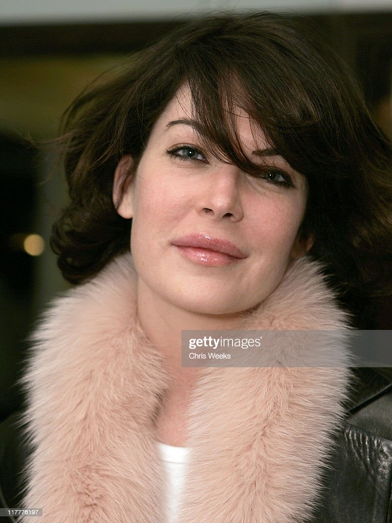 Lara Flynn Boyle during Corzo Tequila Hosts Desanka Fall 2006 Collection Preview Party at Regent Beverly Wilshire in Beverly Hills, California, United States.