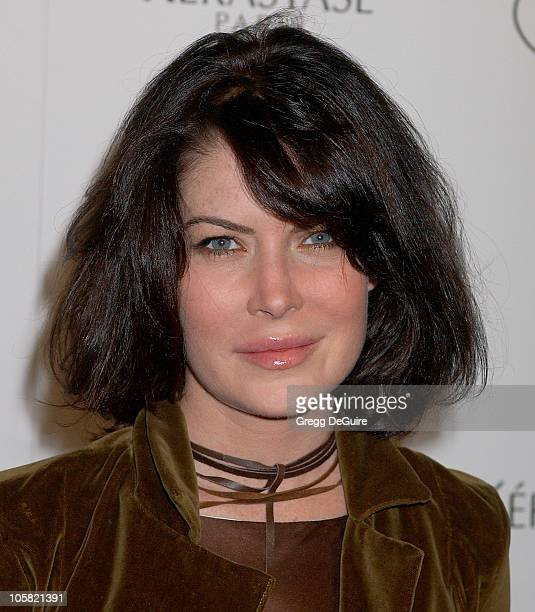 Lara Flynn Boyle during Ken Paves Opens His Beverly Hills Salon Hosted By Jessica Simpson and Eva Longoria Arrivals at Ken Paves Salon in Beverly...