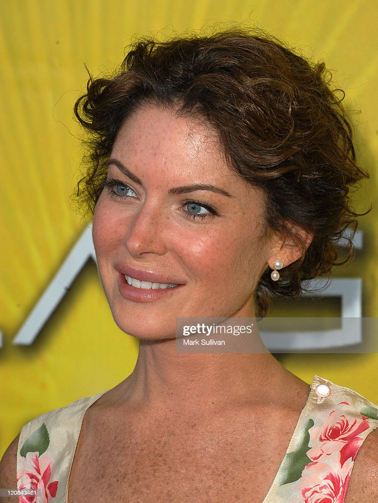 Lara Flynn Boyle during NBC Cocktail Party for 'Las Vegas' at TCA - Arrivals at Beverly Hilton Hotel in Beverly Hills, California, United States.