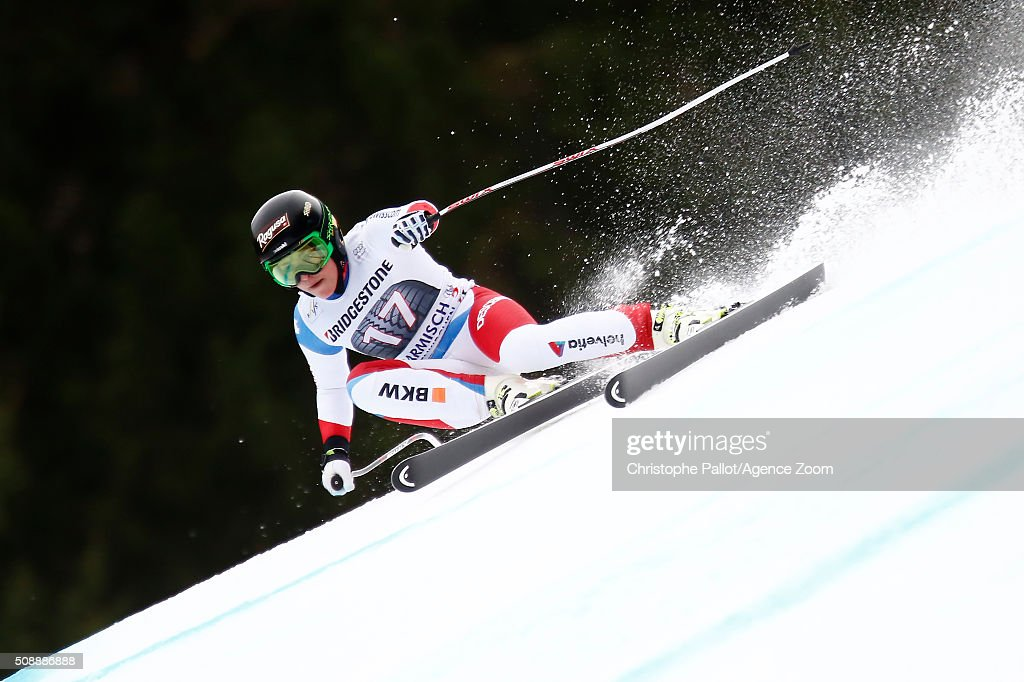 <a gi-track='captionPersonalityLinkClicked' href=/galleries/search?phrase=Lara+Gut&family=editorial&specificpeople=4860592 ng-click='$event.stopPropagation()'>Lara Gut</a> of Switzerland competes during the Audi FIS Alpine Ski World Cup Women's Super G on January 07, 2016 in Garmisch-Partenkirchen, Germany.