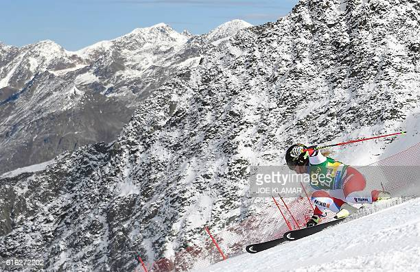 Lara Gut of Switzerland competes in the second run of the ladies' giant slalom of the FIS ski world cup in Soelden Austria on October 22 2016 / AFP /...