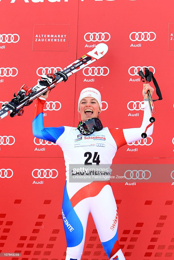 <a gi-track='captionPersonalityLinkClicked' href=/galleries/search?phrase=Lara+Gut&family=editorial&specificpeople=4860592 ng-click='$event.stopPropagation()'>Lara Gut</a> of Switzerland takes 1st place during the Audi FIS Alpine Ski World Cup Women's SuperG on January 9, 2011 in Zauchensee, Austria.