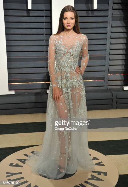 Lara Lieto arrives at the 2017 Vanity Fair Oscar Party Hosted By Graydon Carter at Wallis Annenberg Center for the Performing Arts on February 26...