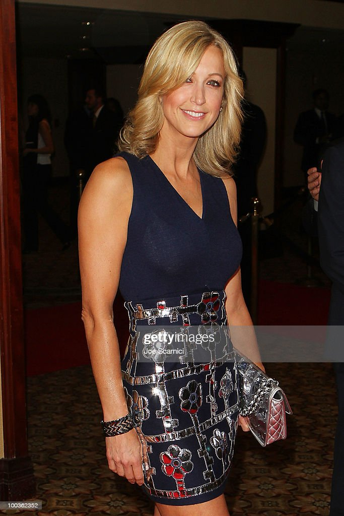 Lara Spencer arrives to the 25th Anniversary Of Cedars-Sinai Sports Spectacular at Hyatt Regency Century Plaza on May 23, 2010 in Century City, California.