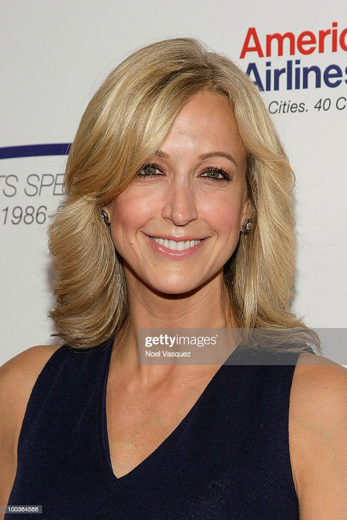 Lara Spencer attends the 25th anniversary of Cedars-Sinai Sports Spectacular Hyatt Regency Century Plaza on May 23, 2010 in Century City, California.