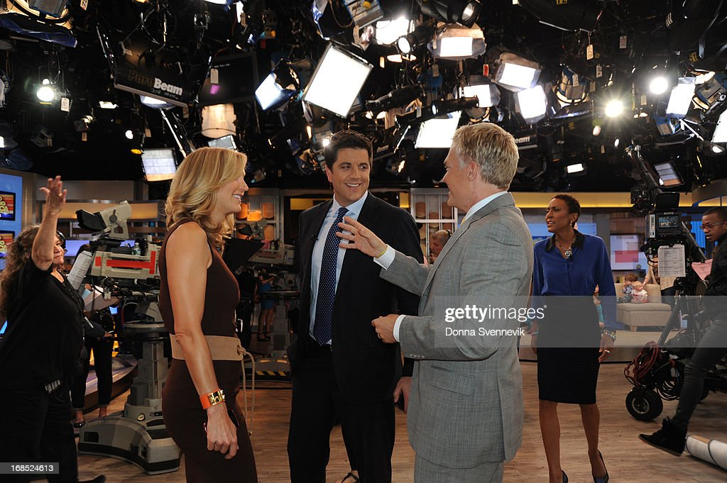 AMERICA - Lara Spencer, Josh Elliott, Sam Champion and Robin Roberts co-anchor 'Good Morning America,' 5/10/13, airing on the ABC Television Network. (Photo by Donna Svennevik/ABC via Getty Images) LARA