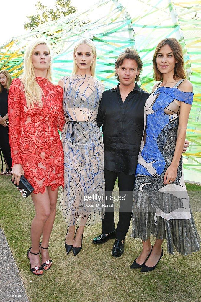 Lara Stone Poppy Delevingne Christopher Kane and Alexa Chung attend The Serpentine Gallery summer party at The Serpentine Gallery on July 2 2015 in...