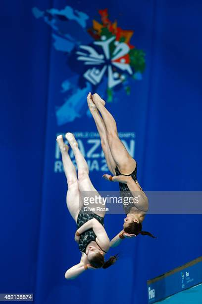 Lara Tarvit and Melissa Wu of Australia compete in the Women's 10m Platform Synchronised Final on day three of the 16th FINA World Championships at...