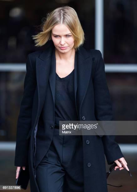 Lara Worthington arrives into Sydney on May 31 2017 in Sydney Australia