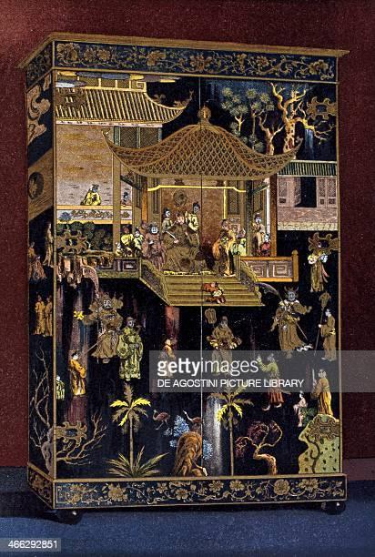 Large 18th century closet in Chinese lacquer illustration from the Dictionnaire de l'ameublement et de la decoration XIIIth depuis le siecle jusqu'a...