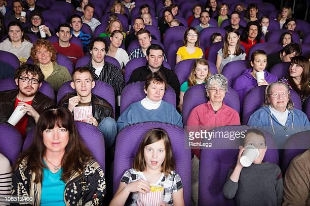 Grande audiência no teatro de Filme