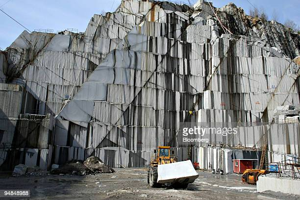 A large block of granite is moved at a Rock of Ages Corp quarry in Graniteville Vermont US on Tuesday April 22 2008 Rock of Ages Corp founded in 1895...