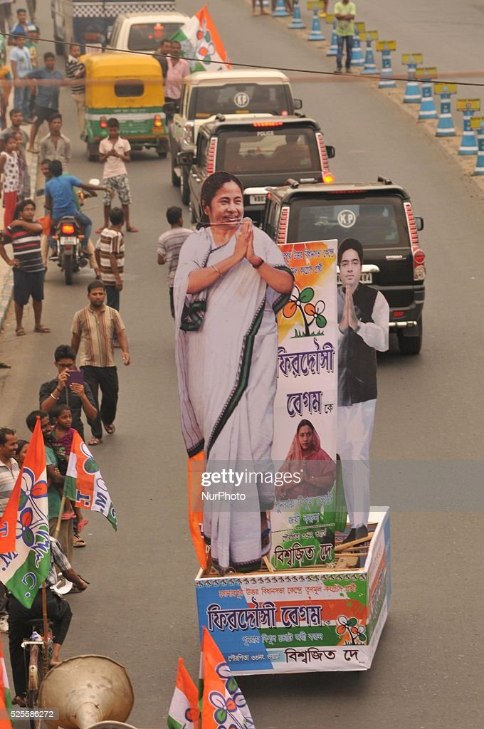 Large cutout of TMC leader and West Bengal Chief Minister Mamata during a road show before phase V poll of West Bengal Assembly election from Garia to Gariahat on April 28, 2016 in Kolkata, India. 53 constituencies in south Kolkata, Hooghly and South 24-Parganas go to polls on April 30, 2016.