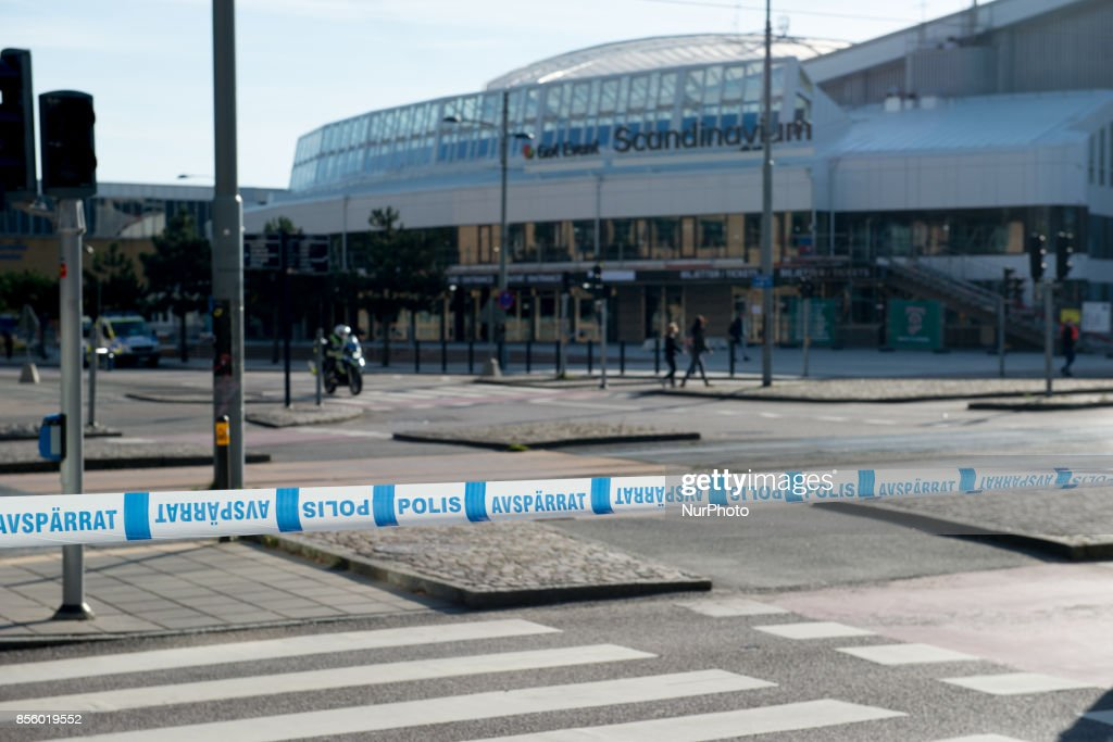 Large part of central Gothenburg were blocked off by police as members of the Nordic Resistance Front attempted to march through the city on September 30, 2017. The Swedish nazi group Nordic Resistance Front planned to march through central Gothenburg on the day of the Jewish holiday Yom Kippur. The group was expecting 1000 participants, but only about 200-300 came. The march never materialized after Gothenburg Police froze the nazi group's movement after they tried to break their cordon and scuffled with police. Ca 20000 counter protesters circled around the site where the police held the members of the Nordic Resistance Front and scuffles ensued between police and a small number of members of the antifa movement who tried to break through the barricades. About 50 people where arrested, one policeman and a civilian were injured in the scuffles.