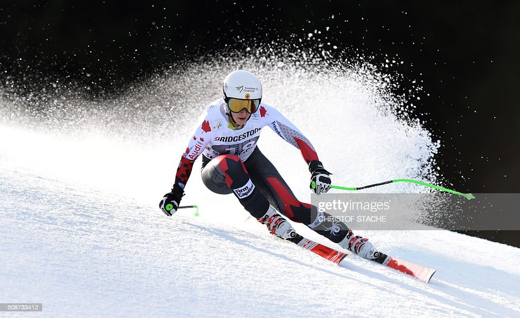 Larisa Yurkiw from Canada races down the hill during the ladies downhill competition race at the FIS Alpine Skiing World Cup in Garmisch-Partenkirchen, southern Germany, on February 6, 2016. Lindsey Vonn from USA won the competition, Fabienne Suter from Switzerland placed second and Viktoria Rebensburg from Germany placed third. / AFP / Christof STACHE
