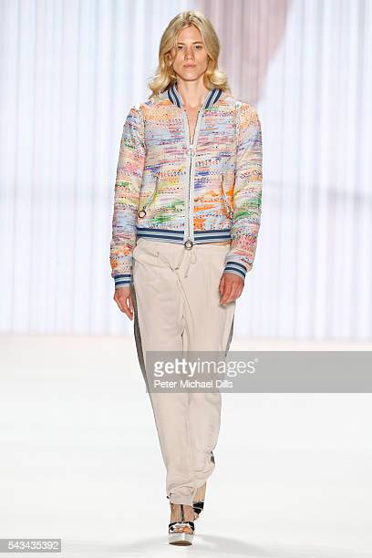 Larissa Marolt walks the runway at the Riani show during the MercedesBenz Fashion Week Berlin Spring/Summer 2017 at Erika Hess Eisstadion on June 28...