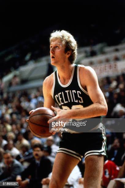Larry Bird of the Boston Celtics gets set to shoot a jumpshot during an NBA game in 1985 NOTE TO USER User expressly acknowledges and agrees that by...