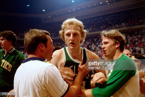 Larry Bird of the Boston Celtics on the court during a game circa 1986 at Boston Garden in Boston Massachusetts NOTE TO USER User expressly...