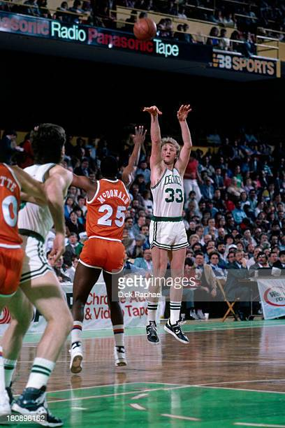 Larry Bird shoots during a game against the Cleveland Cavaliers circa 1986 at the Boston Garden in Boston Massachusetts NOTE TO USER User expressly...