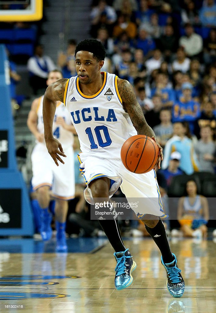 <a gi-track='captionPersonalityLinkClicked' href=/galleries/search?phrase=Larry+Drew+II&family=editorial&specificpeople=5088949 ng-click='$event.stopPropagation()'>Larry Drew II</a> of the UCLA Bruins drives with the ball against the Washington State Cougars at Pauley Pavilion on February 9, 2013 in Los Angeles, California. UCLA won 76-62.