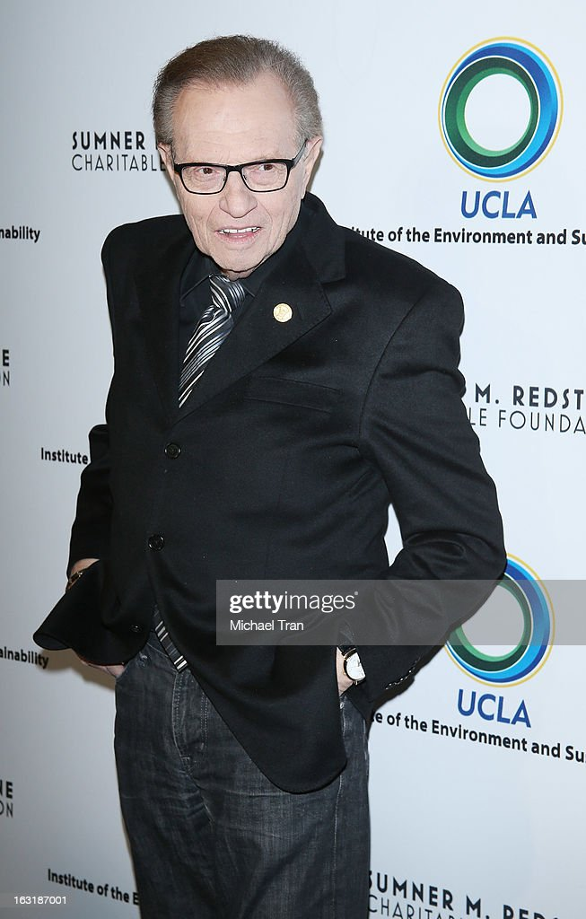 <a gi-track='captionPersonalityLinkClicked' href=/galleries/search?phrase=Larry+King&family=editorial&specificpeople=202014 ng-click='$event.stopPropagation()'>Larry King</a> arrives at the 2nd annual an Evening of Environmental Excellence Gala held at a private residence on March 5, 2013 in Beverly Hills, California.