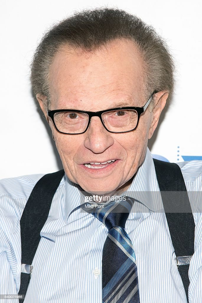 how tall is larry king
