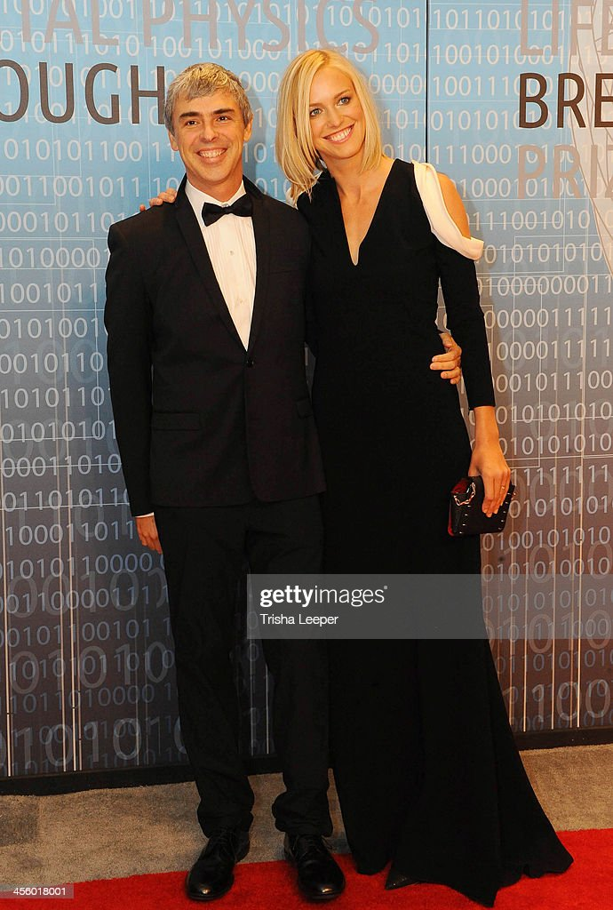 <a gi-track='captionPersonalityLinkClicked' href=/galleries/search?phrase=Larry+Page&family=editorial&specificpeople=753550 ng-click='$event.stopPropagation()'>Larry Page</a> and Lucinda Southworth attends the Breakthrough Prize Inaugural Ceremony at NASA Ames Research Center on December 12, 2013 in Mountain View, California.