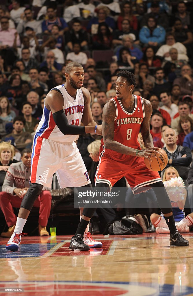 Larry Sanders #8 of the Milwaukee Bucks protects the ball from <a gi-track='captionPersonalityLinkClicked' href=/galleries/search?phrase=Greg+Monroe&family=editorial&specificpeople=5042440 ng-click='$event.stopPropagation()'>Greg Monroe</a> #10 of the Detroit Pistons during the game between the Detroit Pistons and the Milwaukee Bucks on December 30, 2012 at The Palace of Auburn Hills in Auburn Hills, Michigan.