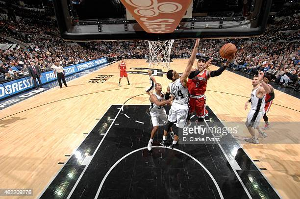 Larry Sanders of the Milwaukee Bucks shoots against the San Antonio Spurs on January 25 2015 at the ATT Center in San Antonio Texas NOTE TO USER User...