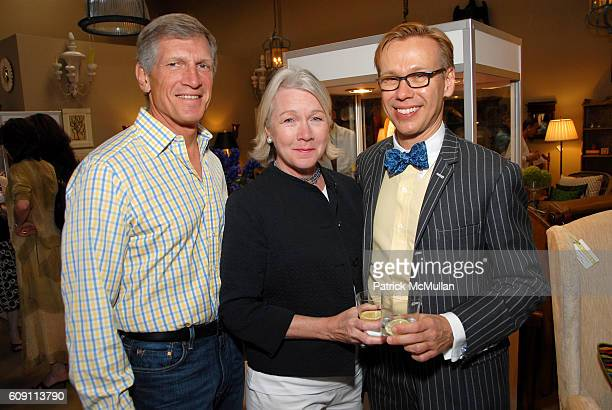 Larry Schnur Beverly Schnur and Mish Tworkowski attend Cocktails at Hollyhock Honoring Mish NY and the Breast Center at UCLA at West Hollywood on May...