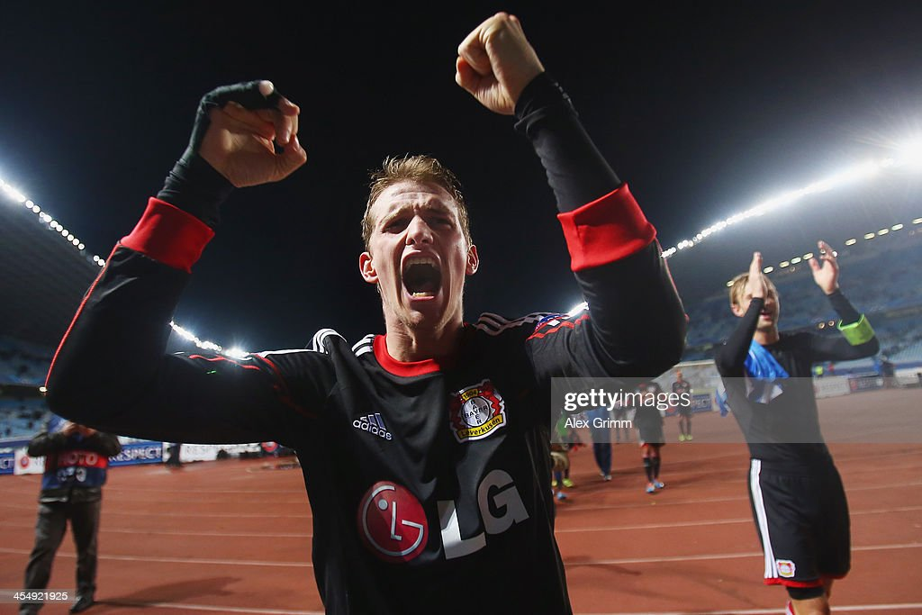 <a gi-track='captionPersonalityLinkClicked' href=/galleries/search?phrase=Lars+Bender&family=editorial&specificpeople=644948 ng-click='$event.stopPropagation()'>Lars Bender</a> of Leverkusen celebrates after the UEFA Champions League Group A match between Real Sociedad de Futbol and Bayer Leverkusen at Estadio Anoeta on December 10, 2013 in San Sebastian, Spain.