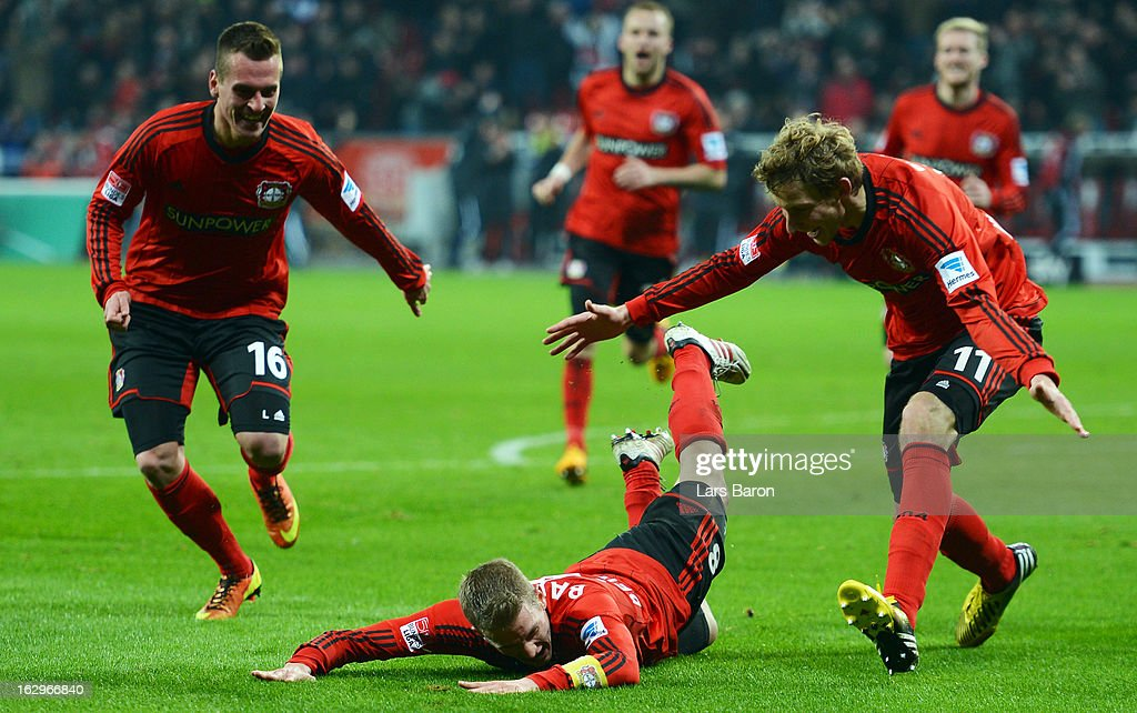 <a gi-track='captionPersonalityLinkClicked' href=/galleries/search?phrase=Lars+Bender&family=editorial&specificpeople=644948 ng-click='$event.stopPropagation()'>Lars Bender</a> of Leverkusen celebrates with team mates after scoring his teams winning goal during the Bundesliga match between Bayer 04 Leverkusen and VfB Stuttgart at BayArena on March 2, 2013 in Leverkusen, Germany.