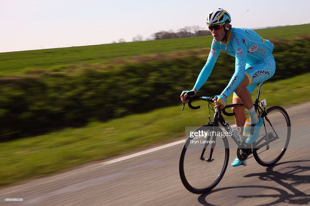<a gi-track='captionPersonalityLinkClicked' href=/galleries/search?phrase=Lars+Boom&family=editorial&specificpeople=2696194 ng-click='$event.stopPropagation()'>Lars Boom</a> of The Netherlands and the Astana Pro Team in action during the 2015 Paris - Roubaix cycle race from Compiegne to Roubaix on April 12, 2015 in Roubaix, France.